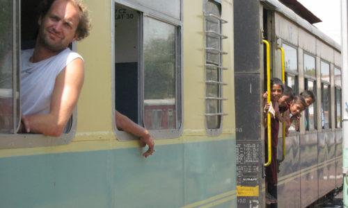 Inde : Un train pour Shimla