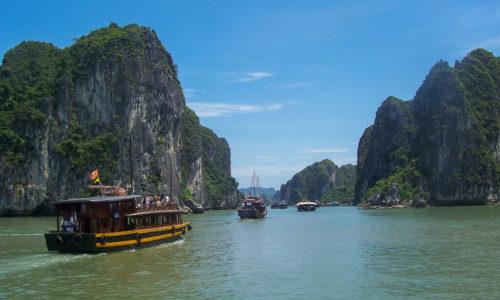 Vietnam : Belle baie d'Halong
